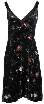 R 13 Short dress