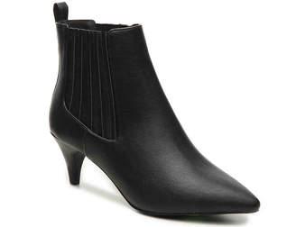 Qupid Saucy-02XX Chelsea Boot - Women's