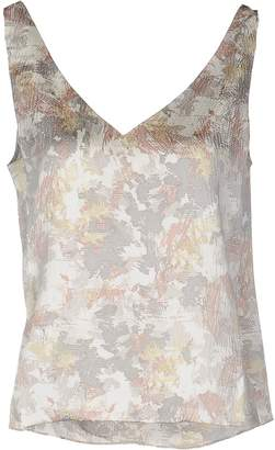 Maiyet Tops