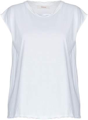 Jucca T-shirts