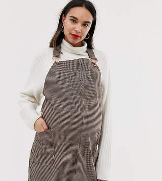 New Look Maternity dogtooth pinny dress in black pattern