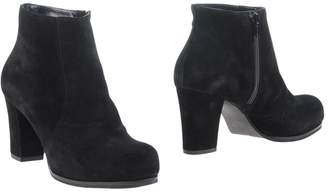 Emanuela Passeri Ankle boots