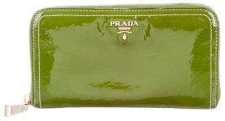 pradaPrada Vernice Zip Wallet