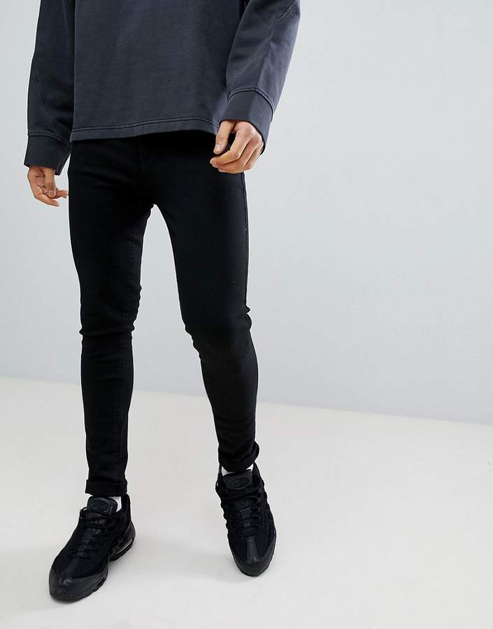 Criminal Damage Muscle Fit Jeans In Black