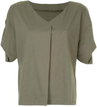 GUILD PRIME draped-sleeve V-neck T-shirt