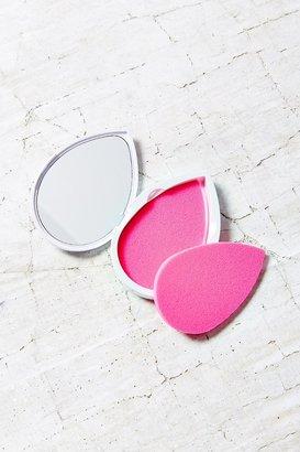 Beautyblender Blotterazzi $20 thestylecure.com