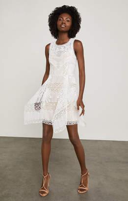 BCBGMAXAZRIA Sleeveless Abstract Lace Dress