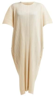Pleats Please Issey Miyake Oversized Plisse Pleated Woven Kaftan - Womens - Ivory