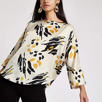 River Island Cream abstract print batwing sleeve top