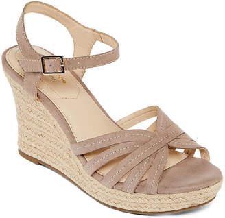 Liz Claiborne Womens Magenta Wedge Sandals