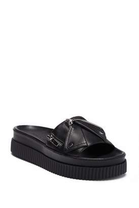 KENDALL + KYLIE Kendall & Kylie Icon Leather Slide Sandal