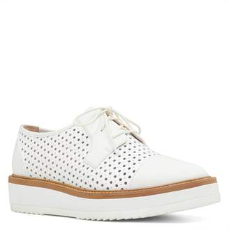 Nine West Verwin Perforated Cap Toe Derby