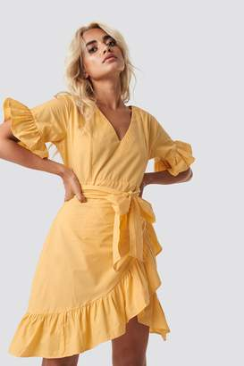 Glamorous Tie Waist Frill Mini Dress Yellow