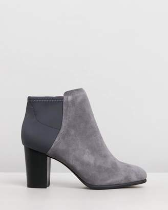 Vionic Whitney Ankle Boots