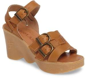 Finn Famolare Buckleberry Wedge Sandal