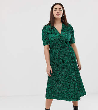 Asos DESIGN Curve midi plisse dress in green animal print with button detail 964f8c018