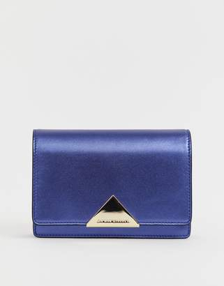Emporio Armani Real Leather Small Chain Bag in Navy