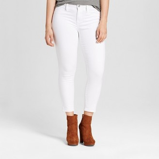 Mossimo Women's Curvy Jegging Crop - Mossimo White $29.99 thestylecure.com