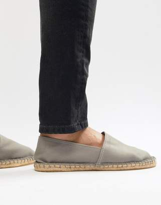 Asos Design DESIGN Espadrilles In Grey Canvas