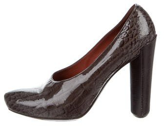 Louis Vuitton Embossed Round-Toe Pumps