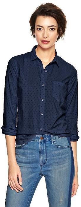 Gap Fitted boyfriend swiss dot shirt