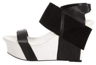 United Nude Leather Round-Toe Sandals