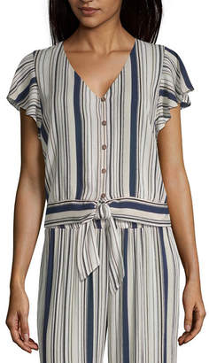 BY AND BY by&by Womens Short Sleeve Modern Fit Button-Front Shirt-Juniors