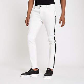 River Island White Sid RI tape side skinny jeans