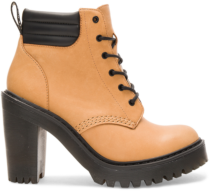 Dr. MartensDr. Martens Persephone Padded Collar Boot