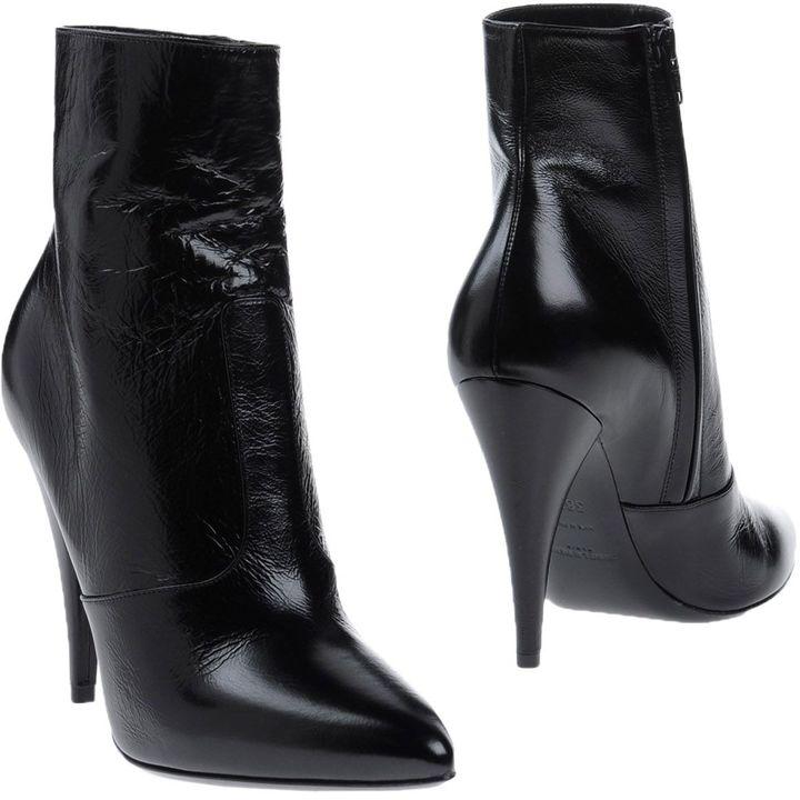 Saint LaurentSAINT LAURENT Ankle boots