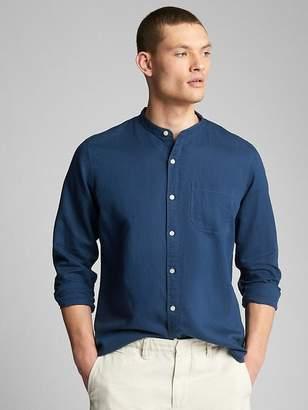 Gap Standard Fit Band Collar Shirt in Linen-Cotton