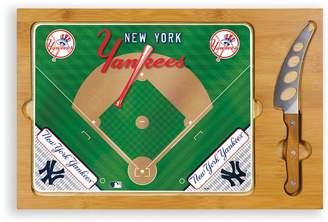 Picnic Time New York Yankees Icon Rectangular Cutting Board Gift Set