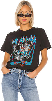 Junk Food Clothing Def Leppard World Tour