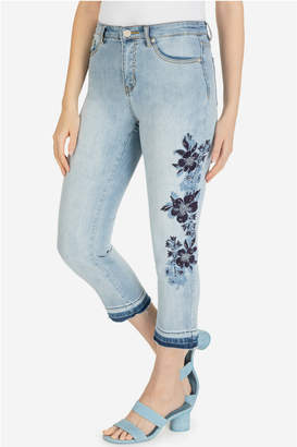 Tribal Capri w/embroidery and released hem
