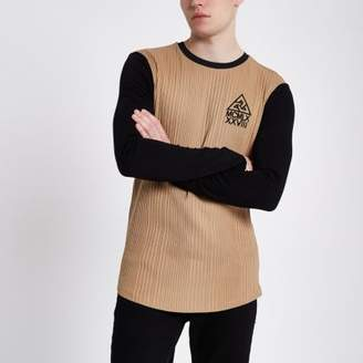River Island Mens Light brown muscle fit long sleeve top