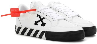 Off-White Off White Arrow leather sneakers