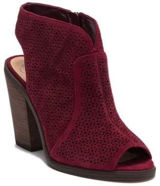 Vince Camuto Klova Block Heel Sandal