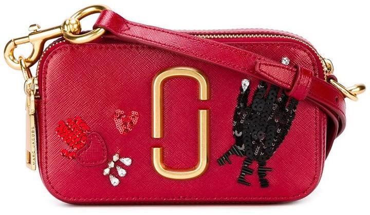 Marc JacobsMarc Jacobs Hand to Heart snapshot crossbody bag