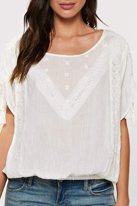 Love Stitch Lovestitch Lace Trimmed Top