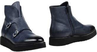 Doucal's L'AUTRE Ankle boots - Item 11420304VD