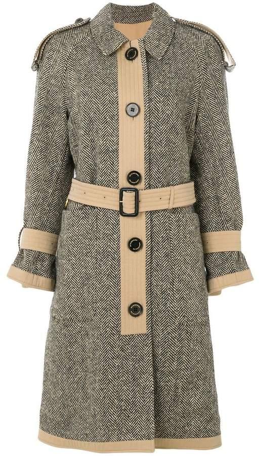 Mantel mit Schulterklappen