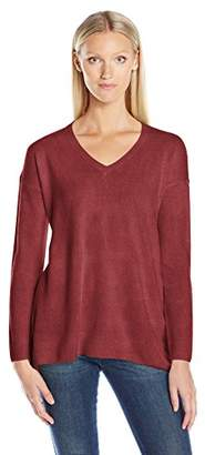 Sag Harbor Women's Long Sleeve Sharkbite Hem V-Neck Pullover Cashmerlon Sweater