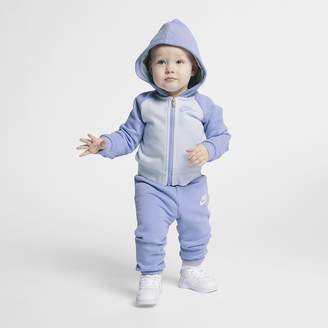 Nike Infant 2-Piece Set