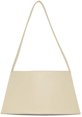 Low Classic White Curve Bag