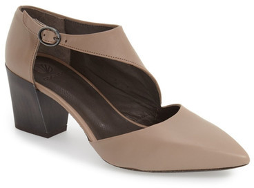 CoclicoCoclico &Jung& Pointy Toe Pump (Women)