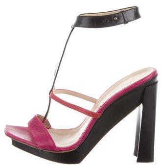 CNC Costume NationalCostume National Leather Ankle Strap Sandals