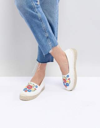 South Beach White Espadrilles With Floral Embroidery