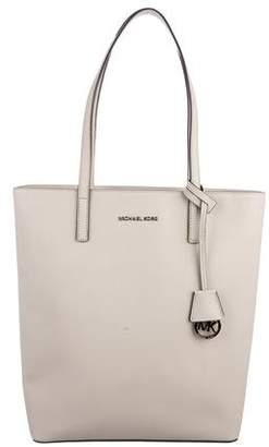 Michael Kors Large Jet Set Shopping Tote
