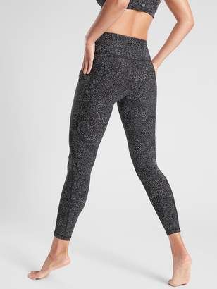 Athleta Salutation Stash Pocket Rainwater Tight