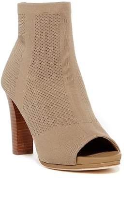 36d85b9d5c0 ... Women s Boots. View Related Searches. Free Shipping  100+ at Nordstrom  Rack · Via Spiga Caramel Knit Bootie